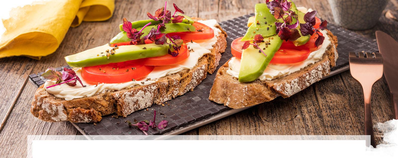 Schnelles Avocado Brot mit Brunch