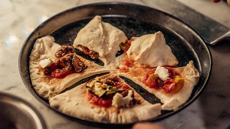 Pizza-Stern Zubereitung der Zacken